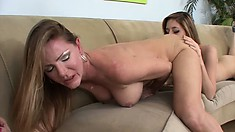 Stunning couzie Kiera Winters delivers nice cunnilingus to Maple Lee