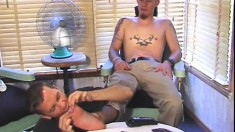 Sensual foot massage turns into a gay fuck session between friends